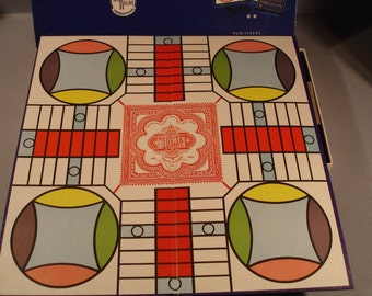 Vintage Parcheesi Game  1959  Great for Display  or Collection    Board/Excellent Condition