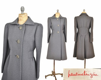 1960s coat / Pauline Trigere gray wool coat / 60s coat .. xs
