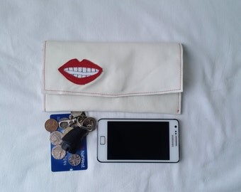 white leather purse, tobacco pouch,foldover pouch, phone case,leather wallet, red lips, recycled leather, upcycled,phone case,applique,