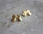 golden bow earrings