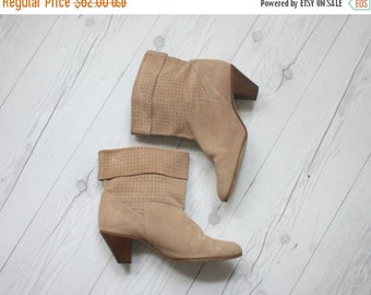 VACATION SALE. suede ankle boots / size 9