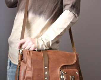 CUSTOM ORDER Leather messenger bag with wool details , iPad Messenger Bag, Travel Bag, Wool, Leather