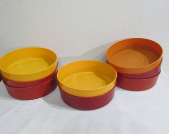 Tupperware Dishes Set of 8 Cereal Soup or Dessert