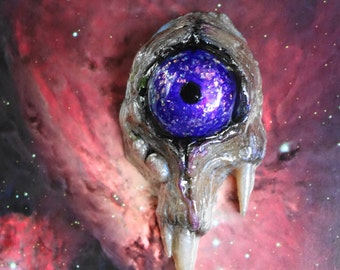 Purple eye color shifting cyclops pendant hand painted resin