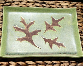Ceramic OAK LEAF Tray - Handmade Green Stoneware Oak Leaf Plate - Unique Wedding Gift - Ready To Ship