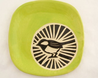 Chickadee Circle Plate - Chartreuse