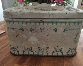 Vintsge shabby breadbox in creams greens and some gingham