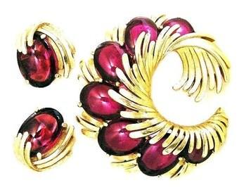Trifari Cranberry Glass Cabochon Brooch and Earring Set, Trifari Signed Cranberry Demi Parure