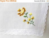 50% OFF Sale Sweet Dainty Vintage 1950s 1960s Muted Yellow Embroidered Petit Point Scallop Rose Hankie Handkerchief