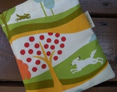 Reusable sandwich and/or snack bag - Reusable snack bag - Fabric sandwich bag - Reusable bags set - The dog, the hare and the apple tree