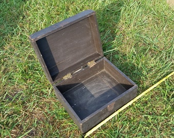 Old wood box with lid