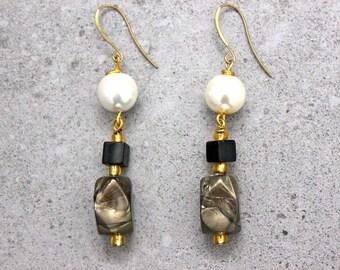 Oriental Asian Chic Gold Beaded Minimalist Zen Dangle Earrings with Pearls in Ivory Black Metallic Grey