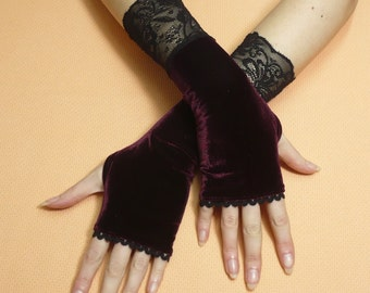 Stretchy Burgundy Velvet Armwarmers with Thumb Holes, Lace Fingerless Gloves Palm Covers Rockabilly Bohemian Pin Up Style Armstulpen