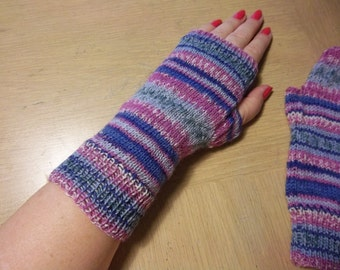 Handknitted Wrist Warmers / Fingerless Gloves