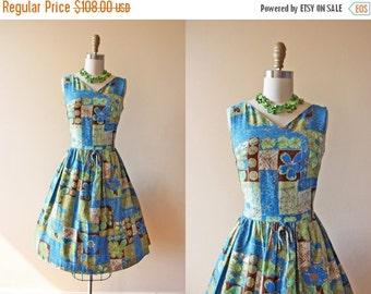 ON SALE 50s Dress - Vintage 1950s Dress - Hawaiian Cotton Full Skirt Party Dress S M - Blue Curacao