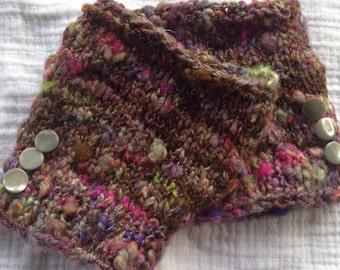 Fingerless Gloves Wrist Warmer OOAK Hand spun hand knit Antique Buttons