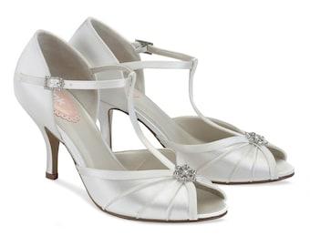 Exqusite Vintage Art Deco 1930s Rhinestone Crystal Embellished Ivory Satin Wedding Bridal T Bar Shoes