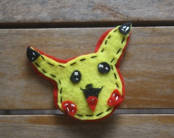 Pokemon Go Starter Pikachu felt broach / pin