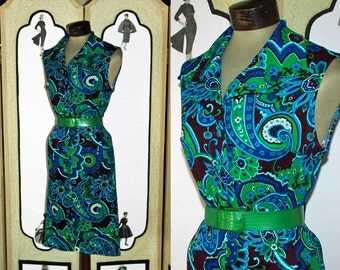 Vintage 1960's Sleeveless Paisly Day Dress in Blues and Greens. Medium to Large.