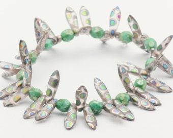 Spontaneous Soul | Green Boho Elastic Bracelet | Unique Boho Bracelet | Stretch Bracelet | Layering Bracelet - S, M, L - 1BRC0008SS