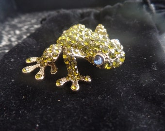 Sale Fabulous Bejeweled Frog Pin