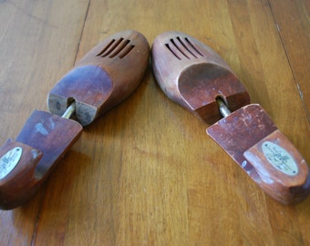 Vintage Wood Shoe Trees/ Stretchers - The Johnston & Murphy Shoe - 1960's