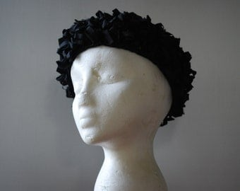 Vintage Black Satin Ribbon Beret Hat -  1950's - High Fashion