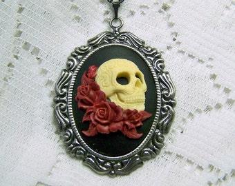 Dia de los Muertos Cameo Necklace - Gothic Skeleton Necklace - Day of the Dead - Skull & Roses - Halloween - Sugar Skull