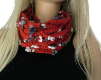 Dark red infinity scarf cowl,Unisex  crochet cowl, Red scarf  best friend gift,bridesmaids gıft,can be made in any quantity