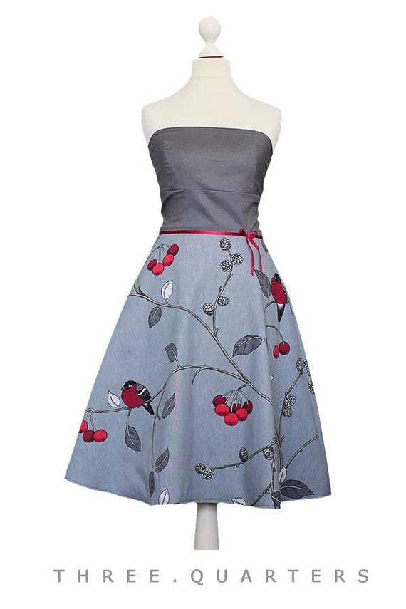 MAGGIE Spitzenkleid Kleid rosa weiß altrosa trägerlos