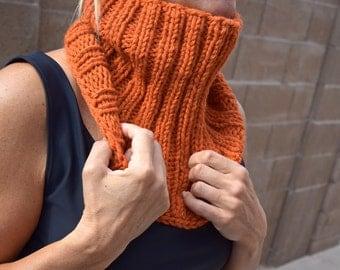 Knitted cowl - chunky cowl - knitted neckwarmer - pumpkin orange