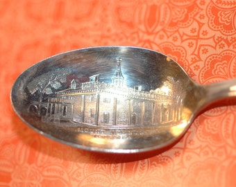 Silver plate President George Washington Spoon WM ROGERS , Mt. Vernon Collectible Spoon