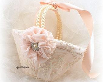 Flower Girl Basket, Blush, Pink, Ivory, Lace Basket, Blush Basket, Elegant Wedding, Vintage Wedding, Gatsby Style, Pearl Handle,Round Basket