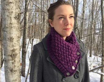 Raspberry Heather Wool Cowl