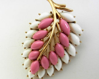 Trifari white and pink glass navette Leaf brooch -  exquisite collectible jewelry. Garden Party Collection Vintage Jewelry - Art.514/4 -