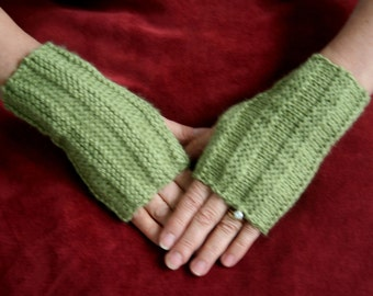 Soft and cozy knit fingerless gloves