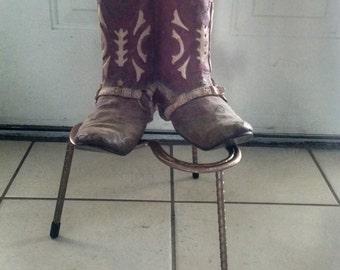 Plant Stand Horseshoe Table Riser 3 leg Horseshoe Riser