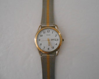 Men's Pulsar Wrist Watch/Quartz Battery/with a Day and Date Display and a New Crystal and Battery