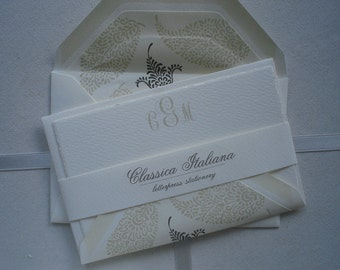 Italian Letterpress  Set of Ten Creme Flats with Contrasting Taupe and Chocolate Paisley  Lined Envelope