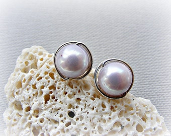 Freshwater pearl earrings, stud earrings, post earrings, lilac earrings, lilac pearl studs, purple earrings, lilac silver studs, lilac studs