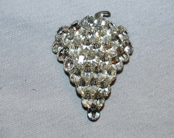 Vintage / Art Deco / Dress Clip / Grapes / Clear / Large / Bridal / Wedding / Rhinestone / Sparkling / old jewelry