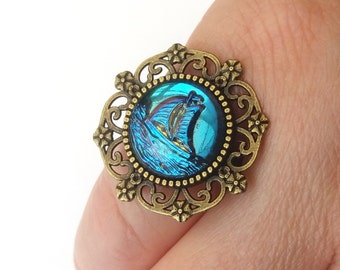 Bronze Boat Ring, Yacht Ring, Nautical Ring, Sailing Ship, Shimmering Colour Changing Glass, Electric Blue, Iridescent Ring