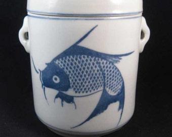 Chinese Blue & White Carp Koi Fish Tea Caddy