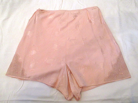 Classic 1930's Silk Hand Stitched Tap Pants Vintage Panties with Lace Insets Rockabilly Vlv Boudoir Old Hollywood Glamour Size-Small