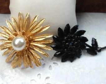 Flower Brooches, Vintage Black Brooch, Vintage Gold Brooch, Vintage Jewelry for Her, Large Brooch, Gift for Her