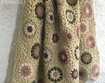 Blanket. Wool blanket. Baby blanket.