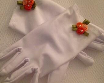Little Girls Gloves with Orange Rosebuds - Easter Gloves - Tea gloves