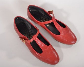 Vintage 1980s Red T Strap Shoes - Leather Ballroom Dance Shoes - Size 7.5 M