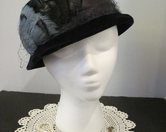 Vintage Navy Blue Velvet Hat, Caprice Blue Hat with Feather and Netting