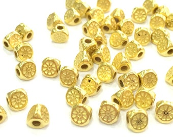 20 Pcs (4 mm)  Gold Plated Metal Triangle Bead ,  G4500